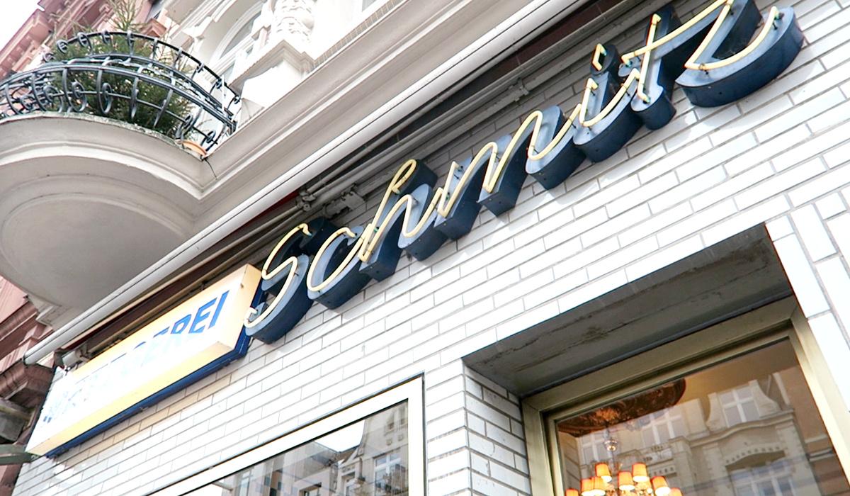 cologne food guide 3 salon caf schmitz consider cologne. Black Bedroom Furniture Sets. Home Design Ideas